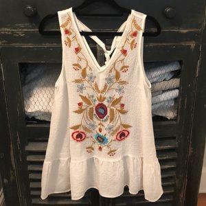 Embroidered Drop Waist Shirt sz M